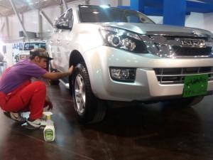 Pearl-Waterless-Tyre-Care-Morvarid-Carwash