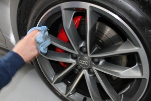 Audi-S5-Pearl-Microfibre-Polishing-Detailing-Cloth